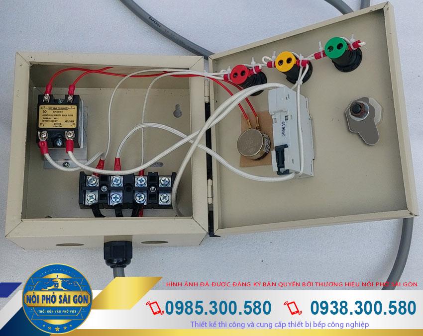 hộp điện nồi nấu cháo công nghiệp 100L